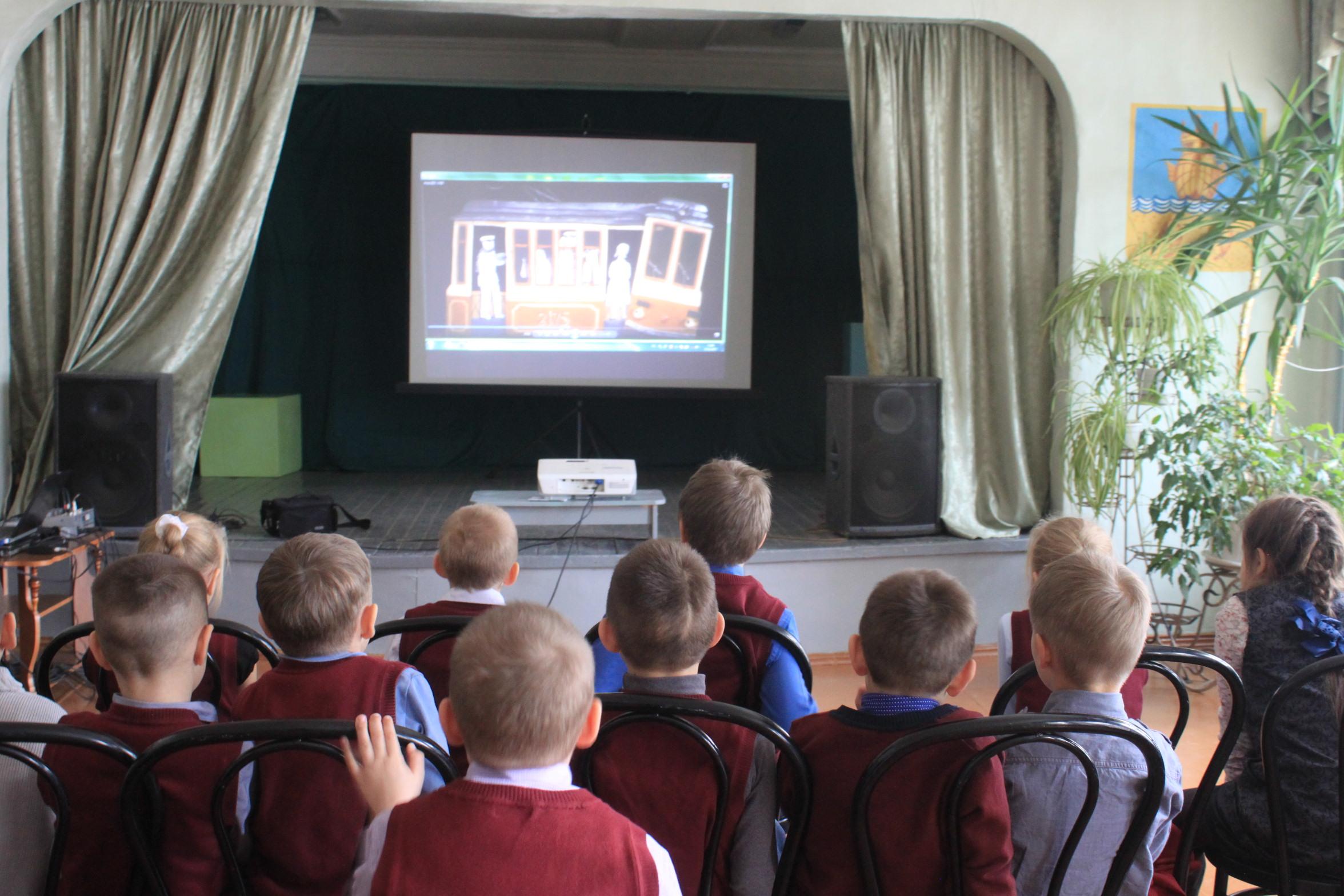 По всей России прошли благотворительные показы мультфильмов в рамках Всероссийской детской анимационной лаборатории «Мир, в котором я живу»